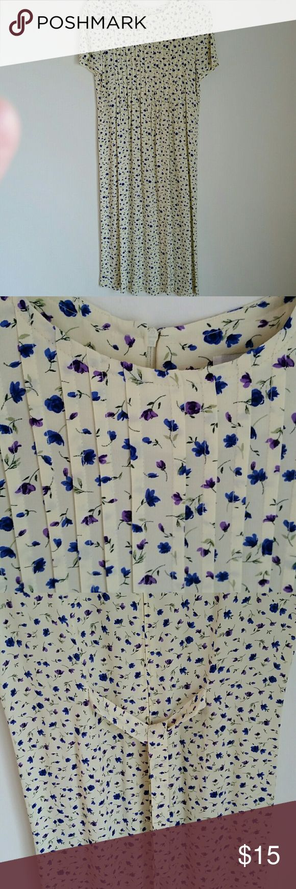 Light-weight Flowing Floral Dress 100% Rayon, Cap Sleeves, Pintucked Bodice, Zipper and Tie in Back, Dry Clean - Cream/Purple/Blue/Green K Petite  Dresses Midi