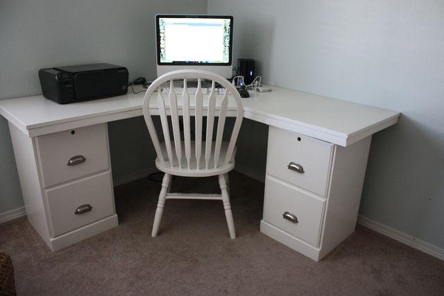 corner desk: Diy Corner Desks Ideas, Desks Chairs, Crafts Rooms, Diy Desks, Corner Tables, File Cabinets, Desks Plans, Cornerdesk, Mom Caves