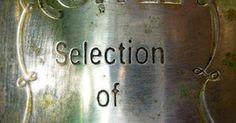 Cómo hacer grabados en metal utilizando ácido. El aguafuerte ácida es utilizada tanto en aplicaciones industriales como por artistas para crear detallados diseños en metal o vidrio. Un ácido fuerte es utilizado para corroer el metal, dejando un dibujo detallado. Hay dos métodos generales para grabar en metal con ácido: grabado con ácido para metal y grabado con ácido para relieve. Con el ...