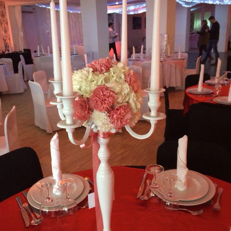 Kugla hortenzija karanfili razli iti aran mani za for Table za stolove