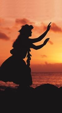 Hawaiian dancer at a luau on Kauai  #swimsuitsforall #BeachBelle #PinYourParadise