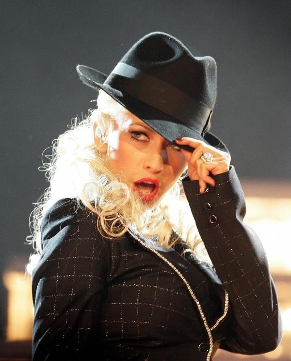 pix bionic christina christina queen singer christina voice aguilera