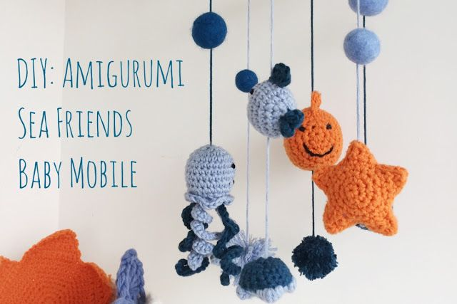 When I published a picture of this mobile on one of my facebook group called Crochet Addict, I was not expecting so many positive comments! Some of them were actually asking how did you make it and which pattern did you use, so I decided to make this post to answer them.   Supplies needed