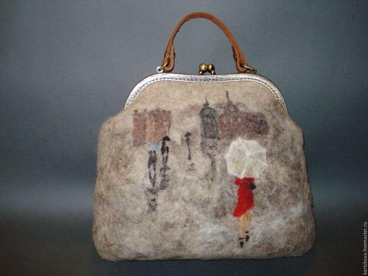 """Купить Сумка валяная """"Девушка в красном"""" - комбинированный, сумка валяние, сумка женская, Сумка с фермуаром"""