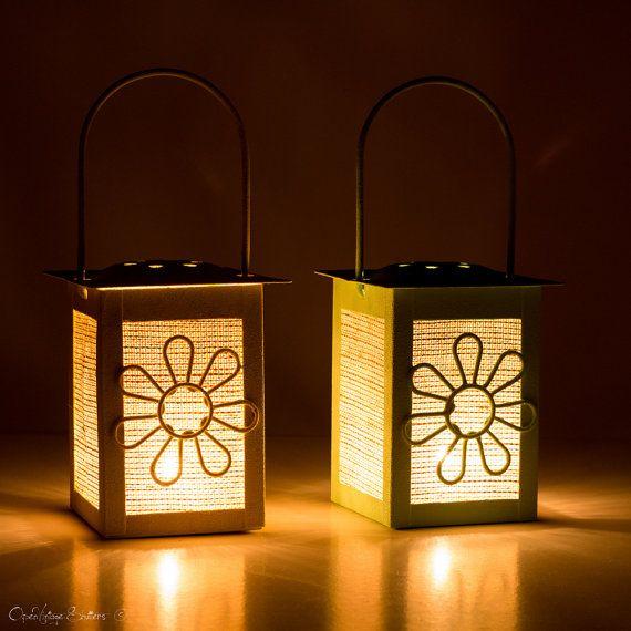 Hey, ho trovato questa fantastica inserzione di Etsy su https://www.etsy.com/it/listing/185907802/set-2-candle-lanterns-wedding-party