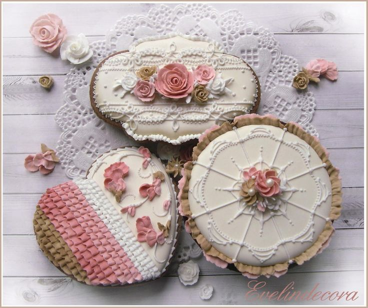 (^o^) C is for Cookie (^o^) ~ Icing flowers cookies