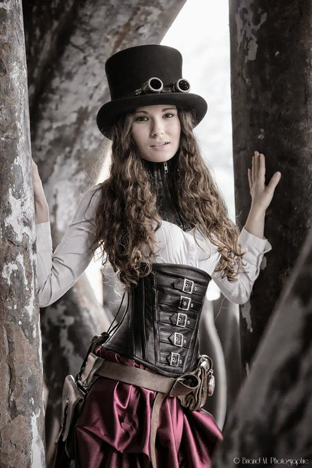 Steampunk/Gothic Ladies | Beauty | Fashion | Costume | Briand Photography (steampunk) #provestra
