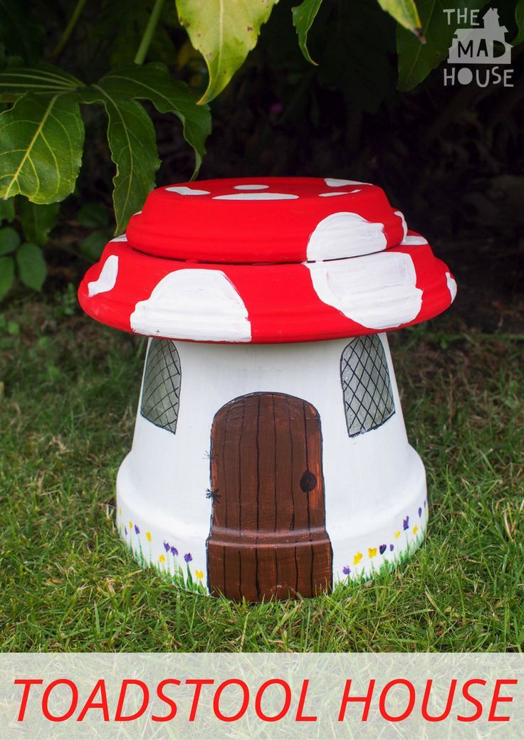 How to make a ToadStool House.  Make a fairy house in the shape of a toadstool with plant pots.