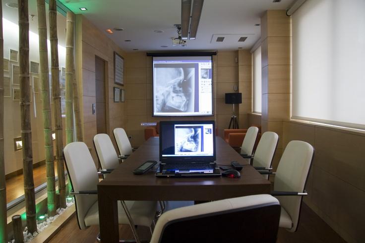 Sala de Juntas Centro Dental Macía