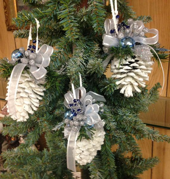 Christmas Ornament - Pinecone - White & Blue Pinecone - Ornament set