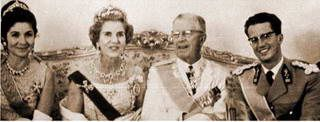 Queen Farida with the Greek Royal family | Here is another r… | Flickr