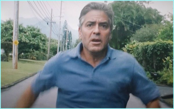 Love this movie...him running to the friends house to talk to them..lol..The Descendants (screen shot)