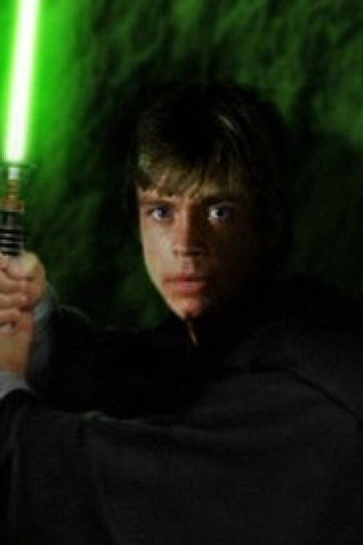 This Luke Skywalker Theory Destroys Everything You Thought You Knew About 'Star Wars'
