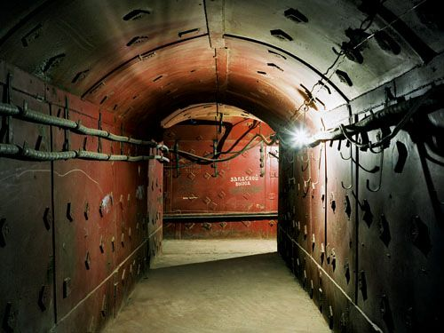 Best Underground City Images On Pinterest Cold War Propaganda - Take look inside incredible cold war era bunker buried 26 feet underground