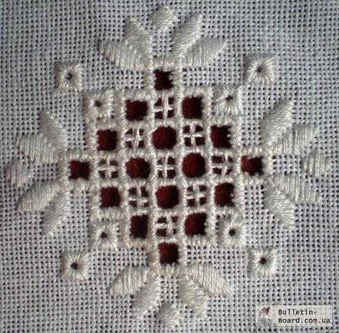 белая вышивка фрагмент