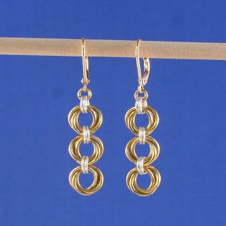 The ChainMaille Lady: Tri-Mobius Chainmaille Earrings in Artistic Wire®
