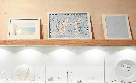 Enric Majoral y Hjordis Fogelberg fusionan joya y dibujo en 'Sobre piel y papel' » Cultura » Noticias » El periódico de Ibiza y Formentera