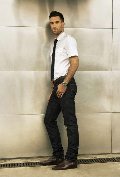 Adam Levine white shirt skinny black tie and black denim