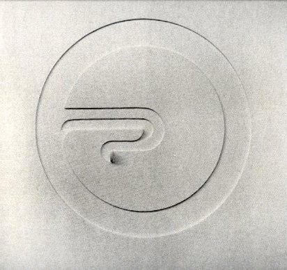 Relieve Circular, Eduardo Ramirez Villamizar. Relieve en madera, Primer Premio XIV Salon Nacional de Artistas, 1962