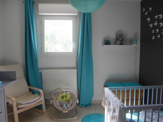 12 best images about chambre b b on pinterest gray pancakes and crib sets - Deco chambre turquoise gris ...