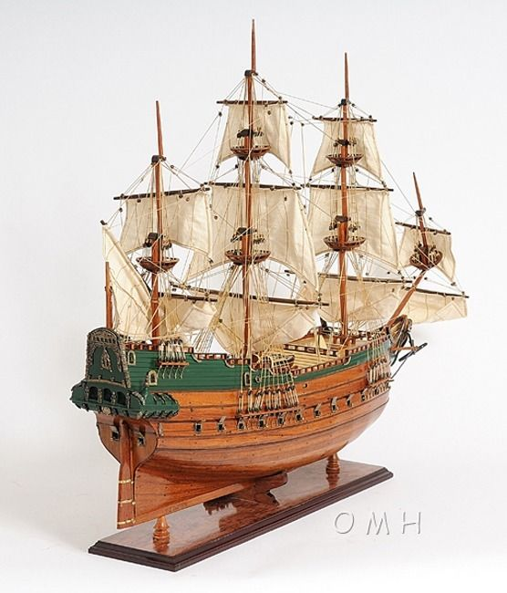 "CaptJimsCargo - Batavia Dutch East Indies Wood Replica Model Ship 37"", (http://www.captjimscargo.com/model-tall-ships/merchant-ships/batavia-dutch-east-indies-wood-replica-model-ship-37/) This highly detailed, expert level, Batavia Dutch East Indies ship model is fully assembled and ready for display (not a kit)."