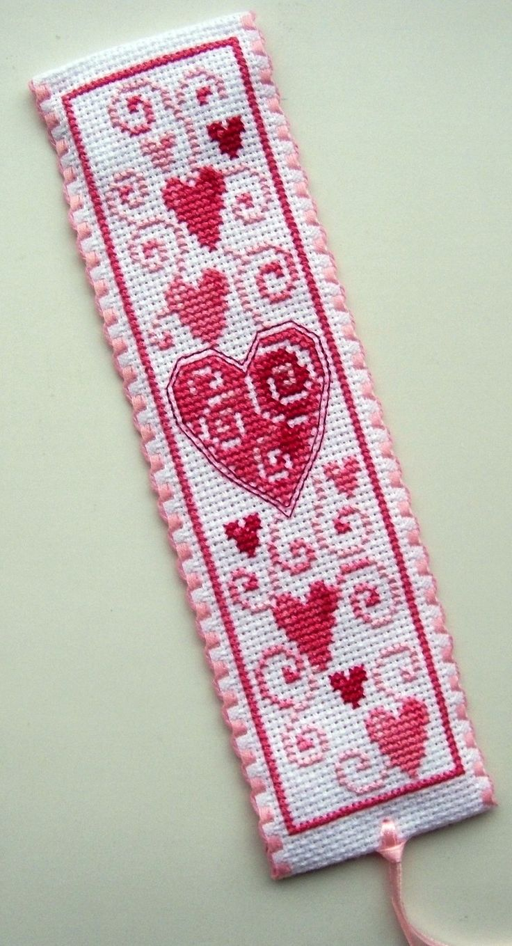 Vervaco Pink Hearts bookmark.