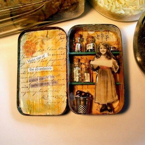 cool altered tin.. tiny jars!