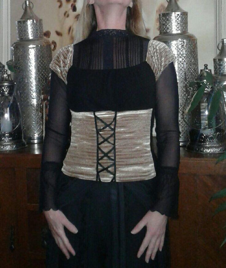 Candi Van  @ecofriendzy Velveteen corset top worn over mesh bell sleeved top
