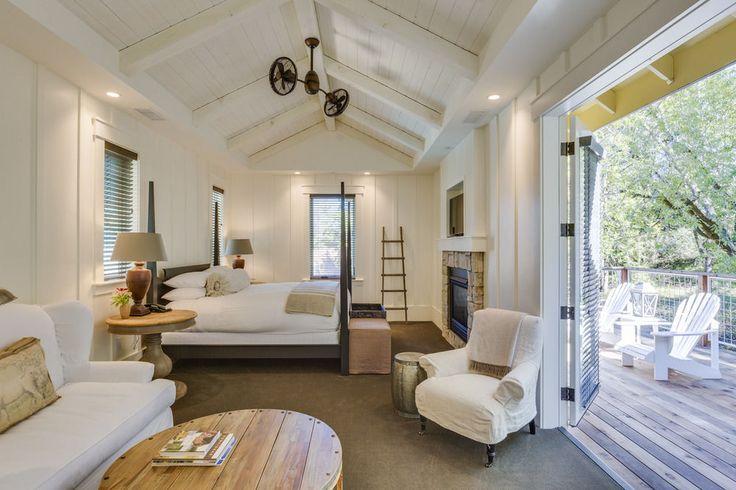 Farmhouse Inn, Forestville, Deluxe Room, 1 King Bed, Guestroom