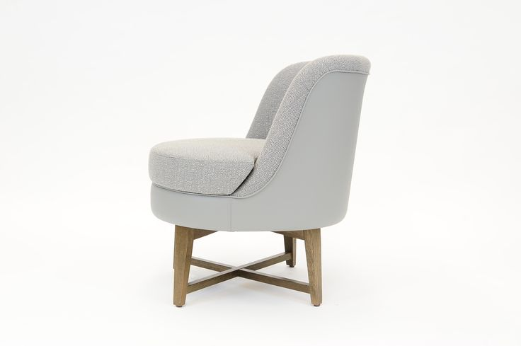 Ortensia Armchair