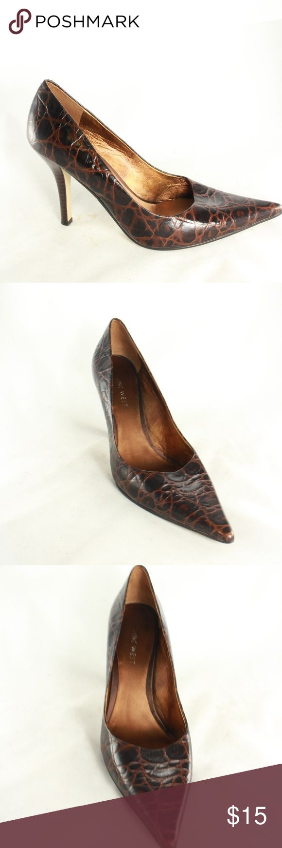 NINE WEST Black Brown NW Freda Pump Heels Clean and stylish contrasting notes of leather on the upper. Copper finish insole. Wear these with pants, skirts, jeans, and so much more!  Size 7 Nine West Shoes Heels