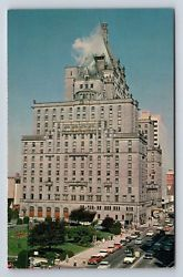 22 best vintage usa postcards images on pinterest vtg postcard canada hotel vancouver chrome 1950s street view architecture fandeluxe Image collections