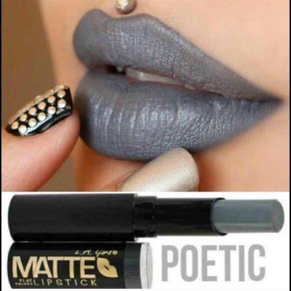 I loveeeee this shade! Poetic ! Amazing grey lipstick !! Matte finish...