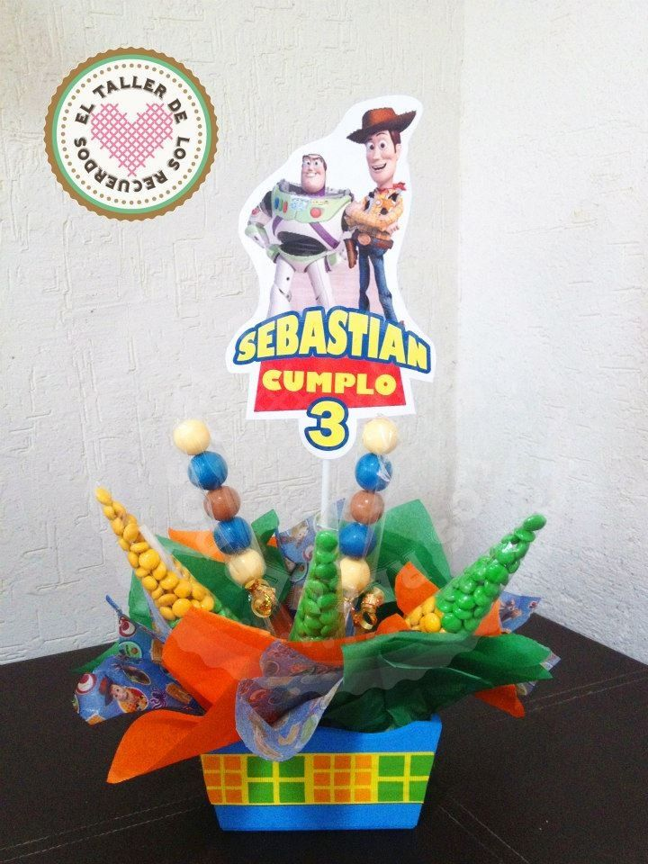 Centro de mesa con dulces personalizado Toy Story