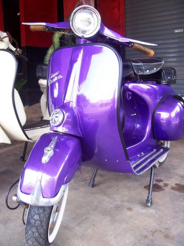 Purple vespa | Vespa obsession! | Pinterest | Vespas and ...