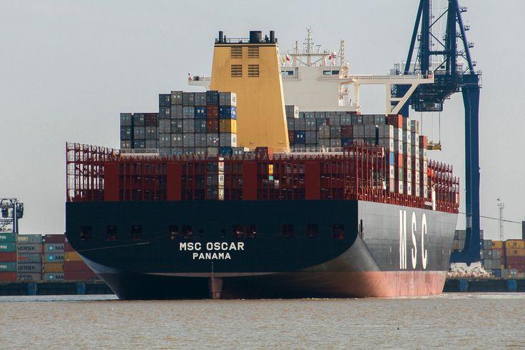 "https://flic.kr/p/rhnHy2   MSC OSCAR   MSC OSCAR IMO:  9703291 MMSI:  355906000 Call Sign:  3FBT7 Flag:  Panama (PA) AIS Type:  Cargo Gross Tonnage:  193000 Deadweight:  196000 t Length × Breadth:  396m × 59m Year Built:  2014 <a href=""http://en.wikipedia.org/wiki/MSC_Oscar"" rel=""nofollow"">en.wikipedia.org/wiki/MSC_Oscar</a>"