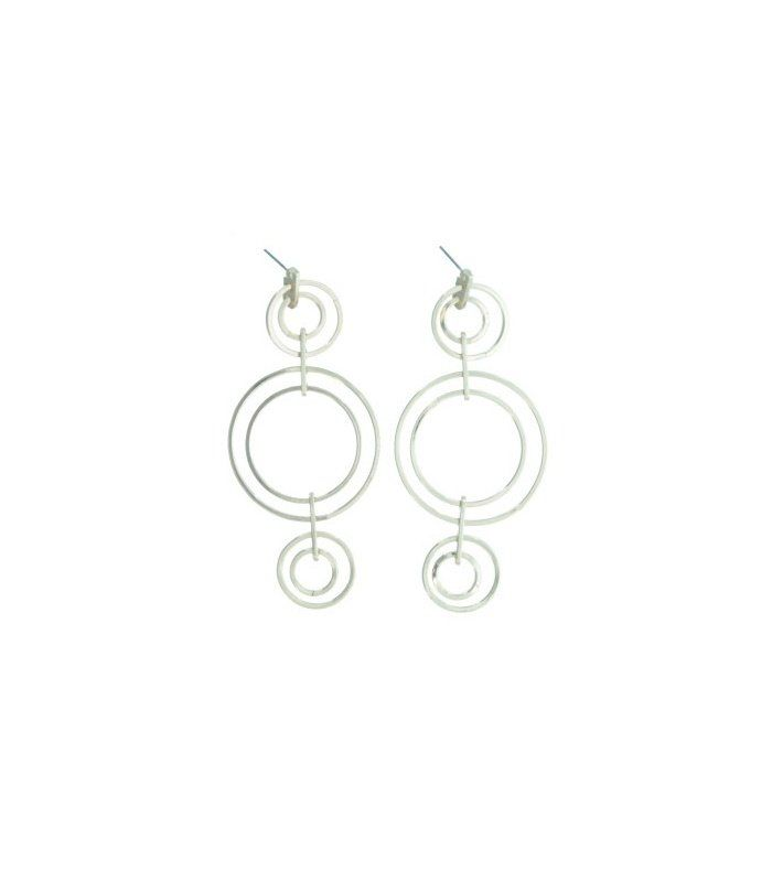 Goudkleurige oorbellen met ronde hangers|Mooie oorbellen koop je bij A-zone | EAN: 8718189402561 | A-zone fashion