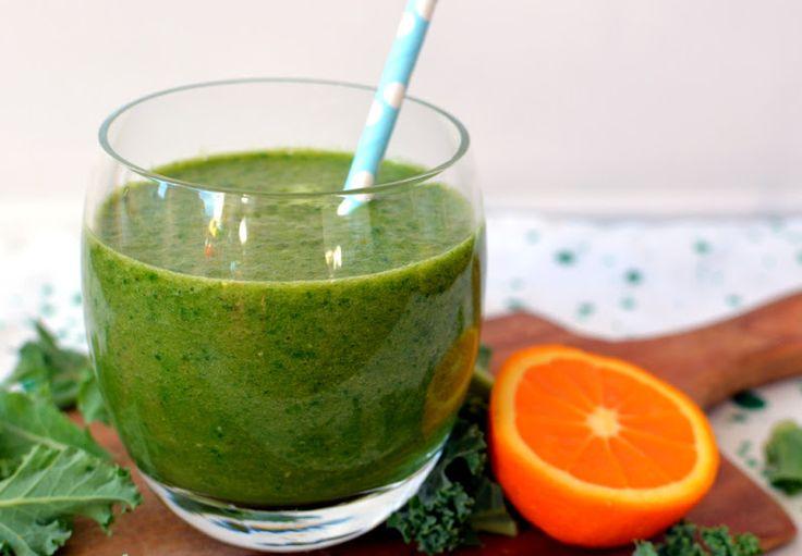 Zielone smoothie z jabłkiem i pomarańczą