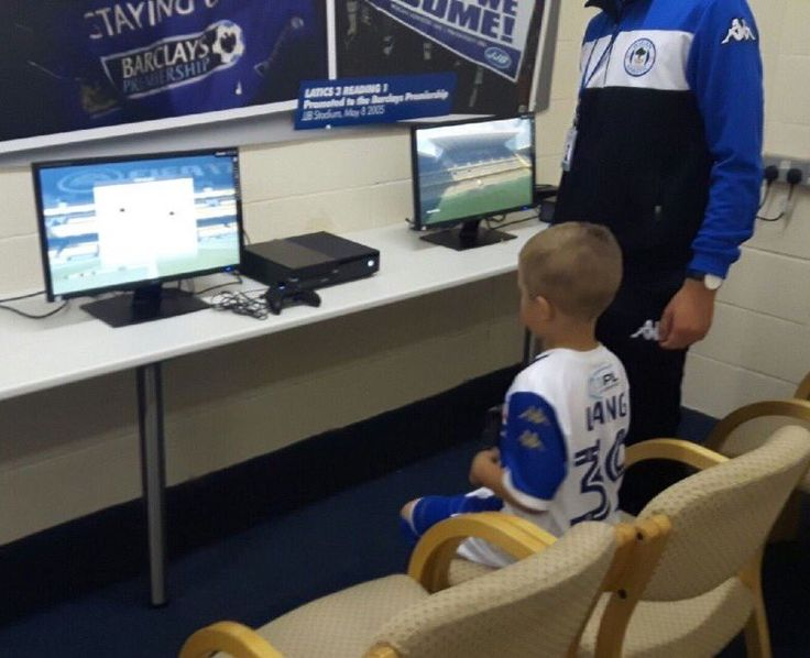 Wigan 🎮 The Game Zone in the Family Zone is now open and the first young Latics fan is in there already playing @EASPORTSFIFA ⚽️
