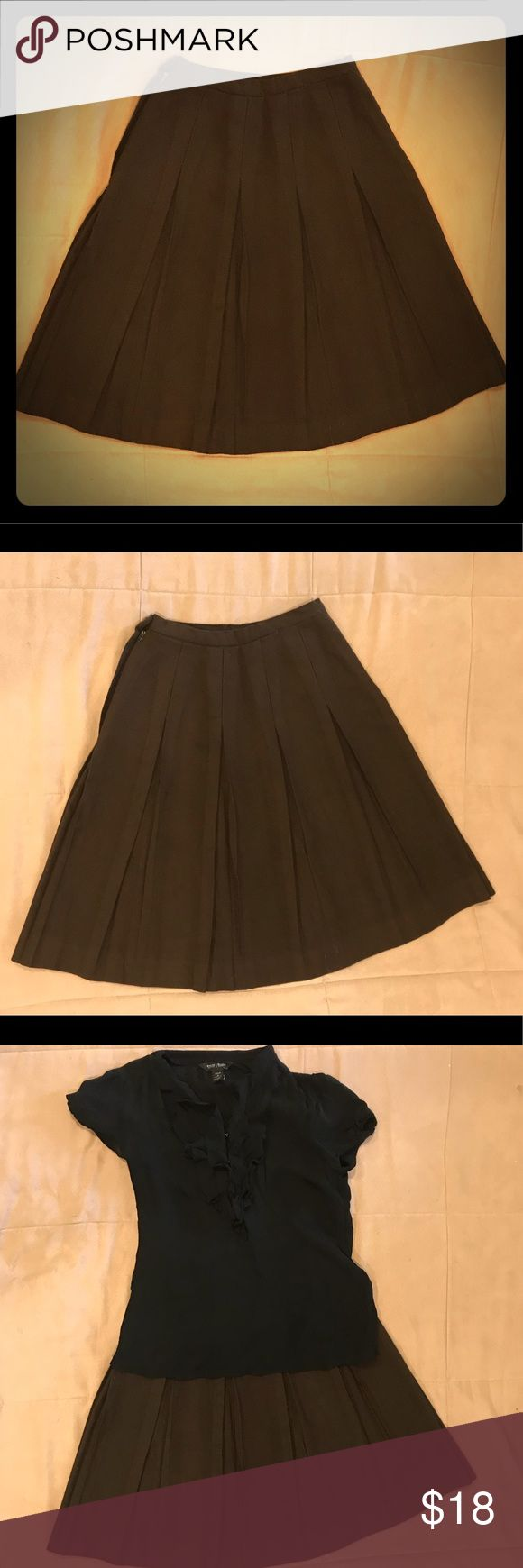 """👀 Vintage AFL CIO ILGWU Pleated Aline Wool Skirt This vintage piece is immaculate! AFL CIO solid construction. Side zipper and button closure. A-line with pleats. Rich chocolate brown wool has no observed flaws. 12"""" waist (24"""" total). Keep it old school or pair it with a modern blouse. Skirts A-Line or Full"""
