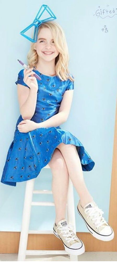 Love this photo of actress McKenna Grace on the cover of Posh Kids Magazine June 2017 wearing one of my favorite Kenzo girls dresses! Looks perfect with the All Star Sneakers!  #kidsfashion #celebrity #celebritykids #kenzo