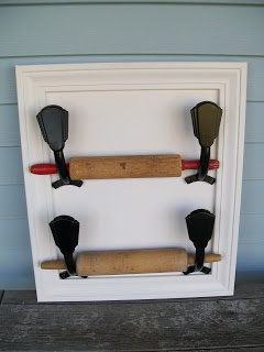 Repurposed ceiling fan blade holder for rolling pin display