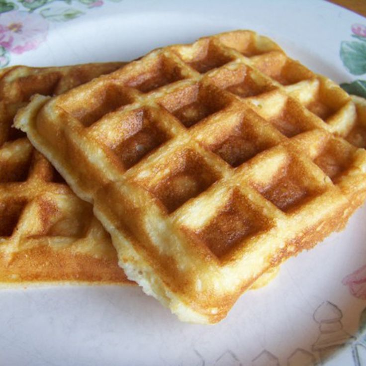 Delicious low carb almond flour waffles are just as tasty as ones made with wheat flour. These gluten free almond flour waffles make a great breakfast.