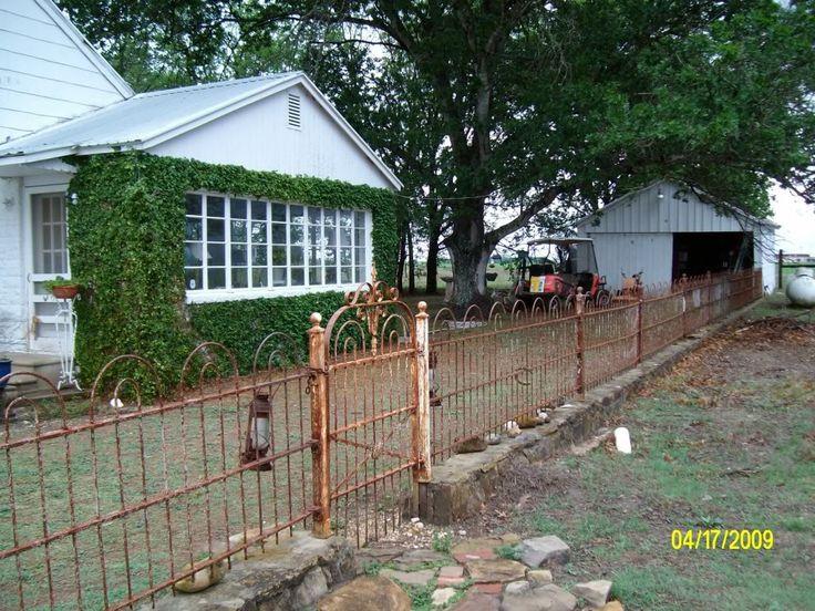 Old Farmhouse photo: More Wrought Iron Fence and Gate LockhartHouse061.jpg