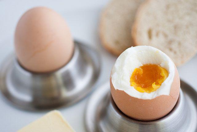 #Bio #vejce na hniličku, domácí chléb // www.bistrofranz.cz/cs/snidane-brno