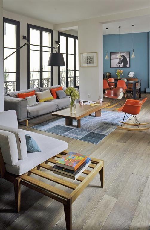 Open & colorfull living area in a modern style | Grande pièce à vivre coloré et au style moderne