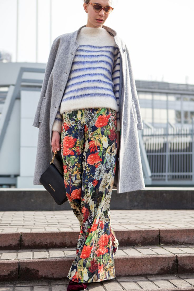 STREET LOOK (Anna Zosimova, it-girl) Glasses - Azzaro (Vintage) Coat - Vintage Top - H&M Pants - Alice+Olivia Boots - Opening Ceremony Bag - Michael Kors Photo - Konstantin Avramets