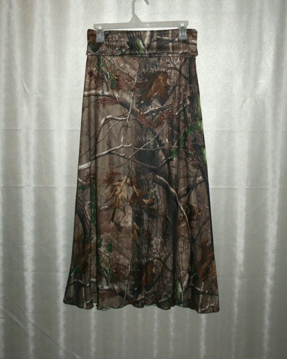 I want this and the infinity scarf!!   RealTree Camo Maxi Skirt with fold over Yoga by SouthernModesty