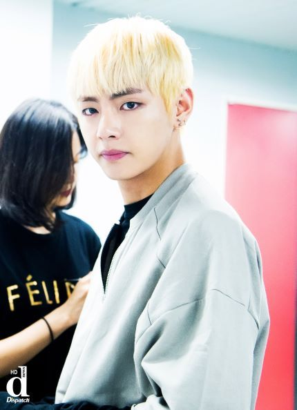http://mwave.interest.me/en/star/poll/result.m?poll_seq=545  vote for V♥