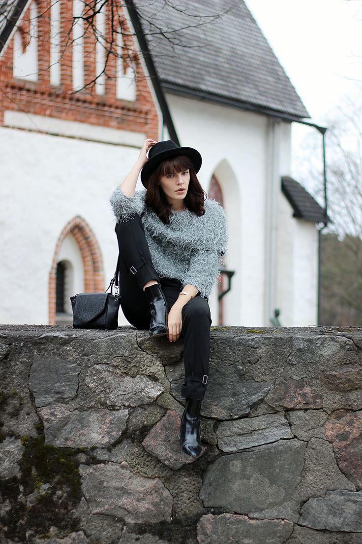 WST Ivana Helsinki Jeanne Knit on Fashion Worries